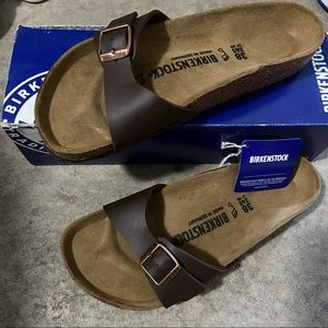 New with Box Birkenstock sandals Madrid BS brown
